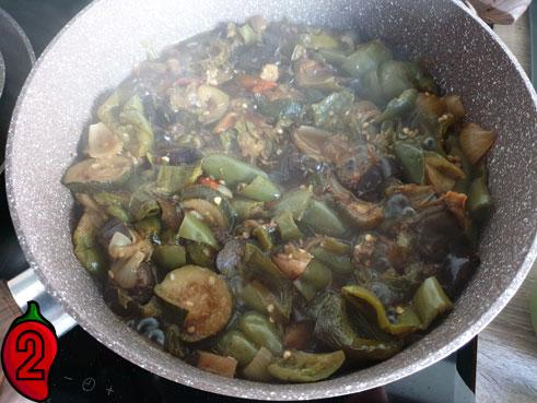 pikantna-pasta-chili-jalapeno-gotowanie-składników